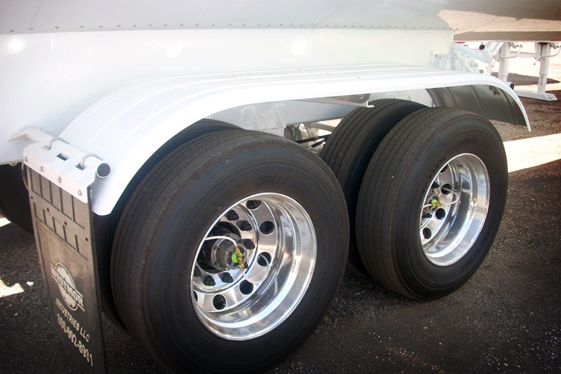 C02 Transport with Aluminum Fenders by Westmor Industries