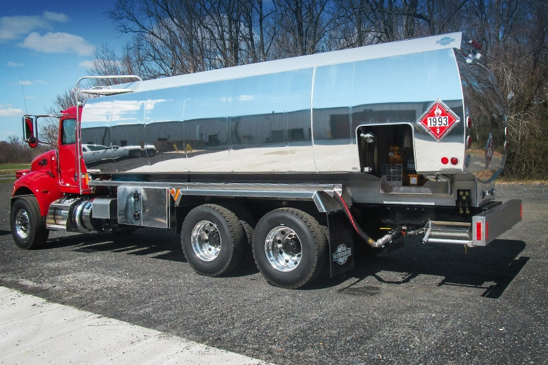 Flex Fill on Refined Fuel truck by Westmor