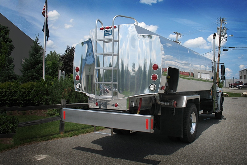 JCT Refined Fuel Truck by Westmor