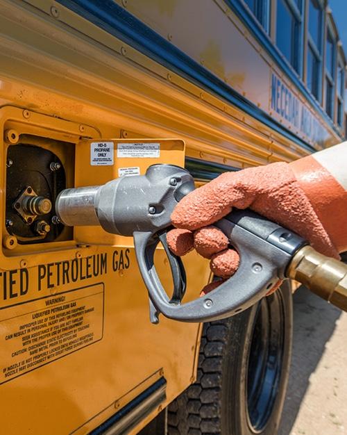 LP3 LP4 autogas fleet fueling - filling school bus - by Westmor