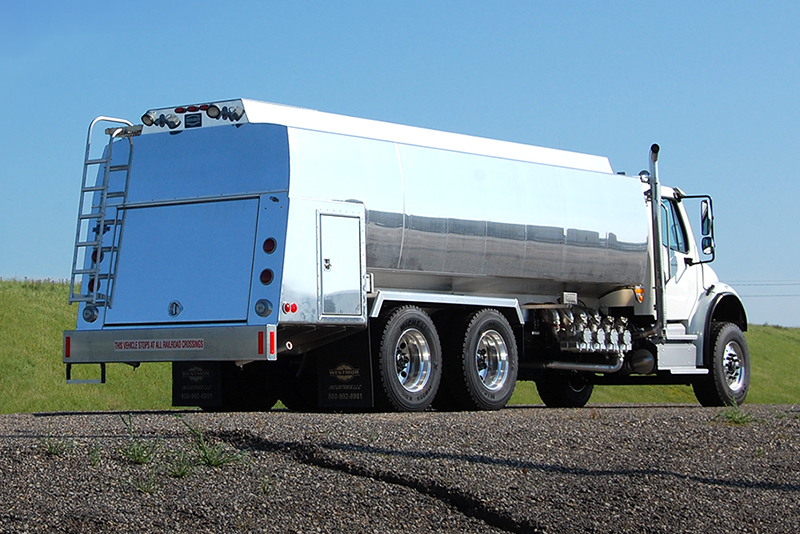 RBT 4200 refined fuel truck tank by Westmor