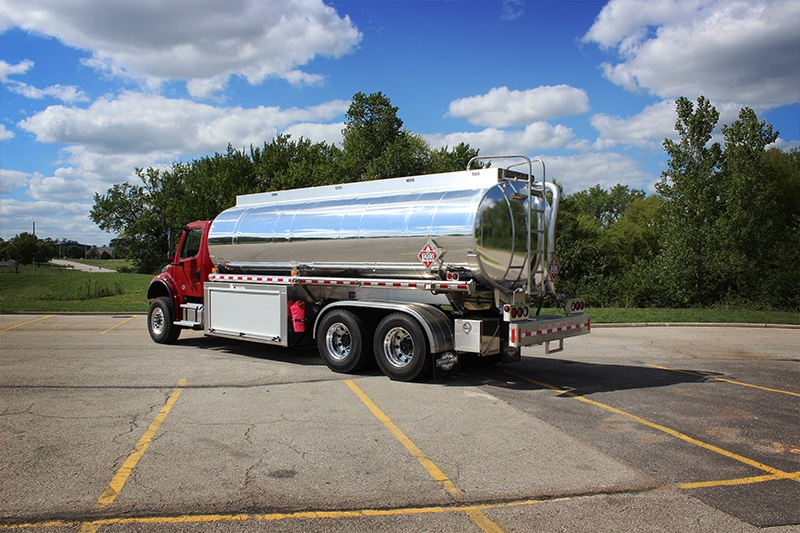 SDL Refined Fuel Truck tank 5000 by Westmor