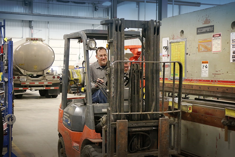 Mobile Cylinder Filling   Westmor Industries